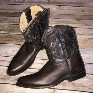 Frye Wyatt overlay short boots laser cut western